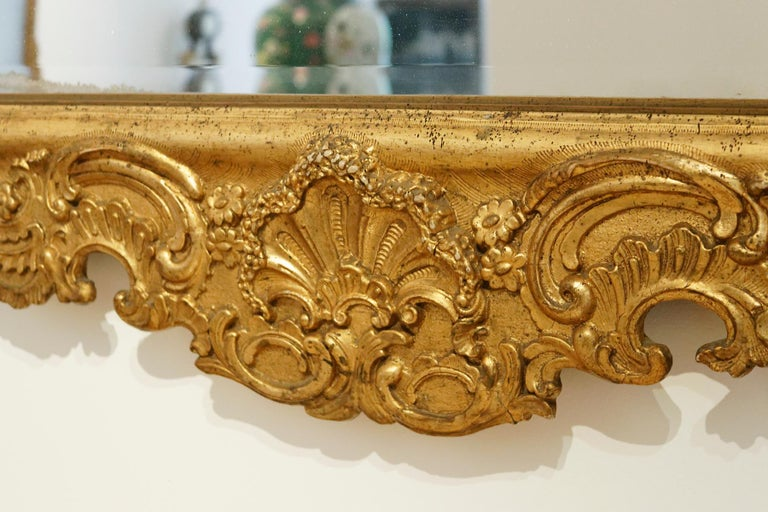 Carved Large German 18th Century Giltwood Baroque Wall Mirror For Sale
