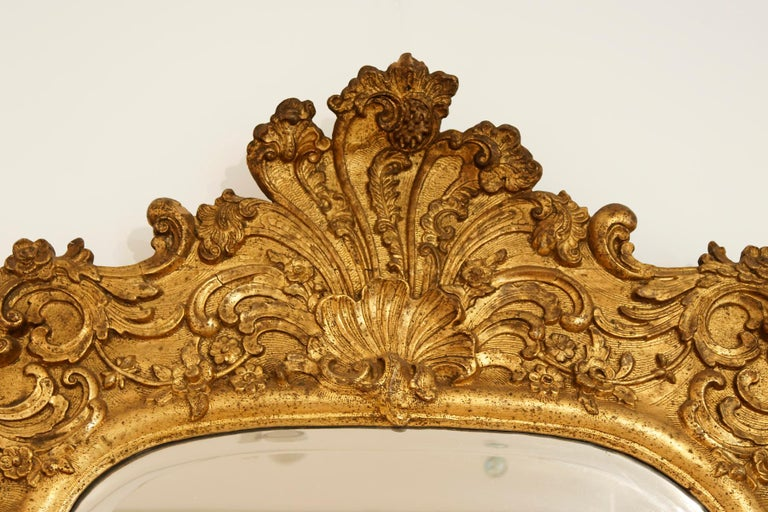 Large German 18th Century Giltwood Baroque Wall Mirror In Good Condition For Sale In Worpswede / Bremen, DE
