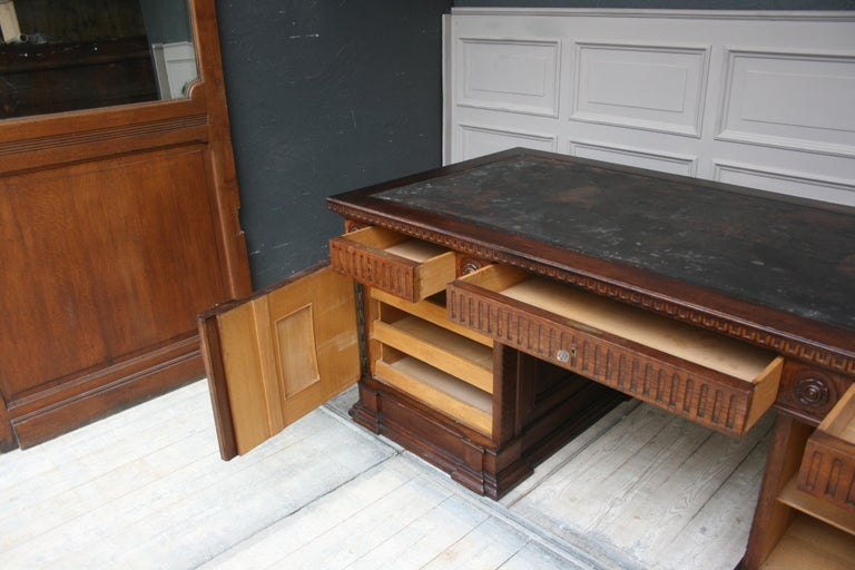 Large German Historicism Renaissance Revival Desk, circa 1890 For Sale 5