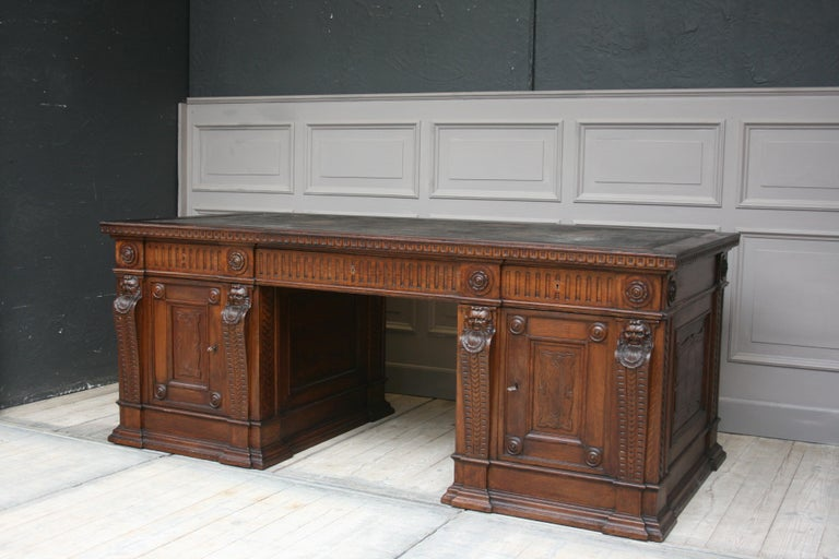 Large German Historicism Renaissance Revival Desk, circa 1890 In Good Condition For Sale In Dusseldorf, DE