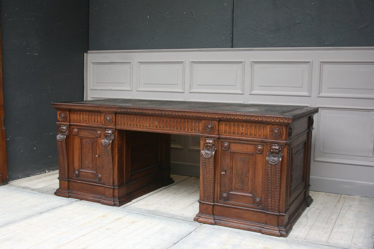 Large German Historicism Renaissance Revival Desk, circa 1890 For Sale 1