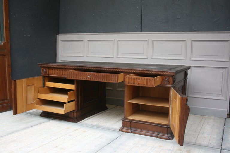 Large German Historicism Renaissance Revival Desk, circa 1890 For Sale 2