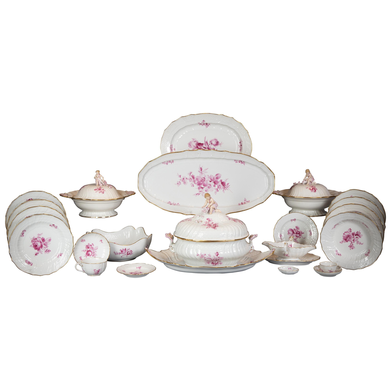 Large German Porcelain Dinner Service, Meissen, circa 1875