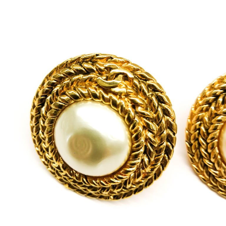 Large gilt metal and baroque pearl 'Double C' earrings, Chanel, 1980s In Excellent Condition For Sale In London, London