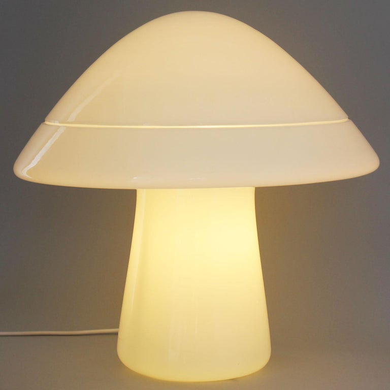 Large Glass Mushroom Lamp In Good Condition For Sale In Southampton, NY