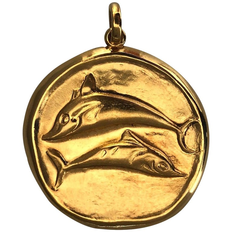 Large Gold Pisces Pendant by Illias Lalaounis For Sale