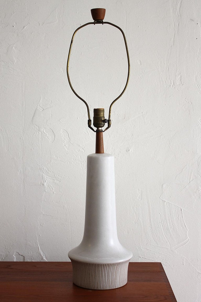 Large Gordon & Jane Martz Studio Tall Ceramic Table Lamp with Original Shade For Sale 1