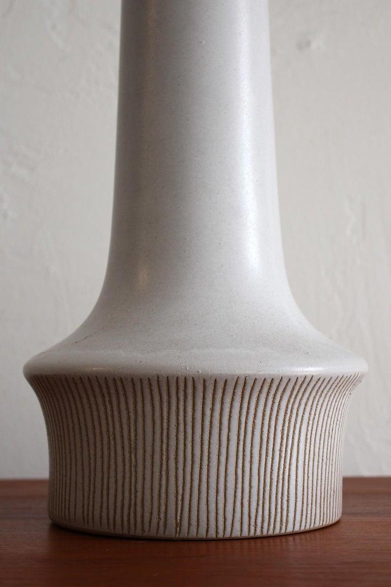 Large Gordon & Jane Martz Studio Tall Ceramic Table Lamp with Original Shade For Sale 3