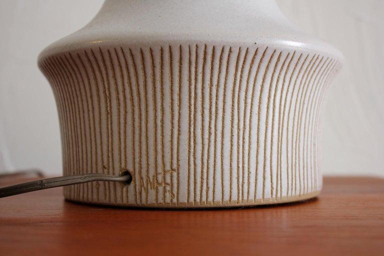 Large Gordon & Jane Martz Studio Tall Ceramic Table Lamp with Original Shade For Sale 4