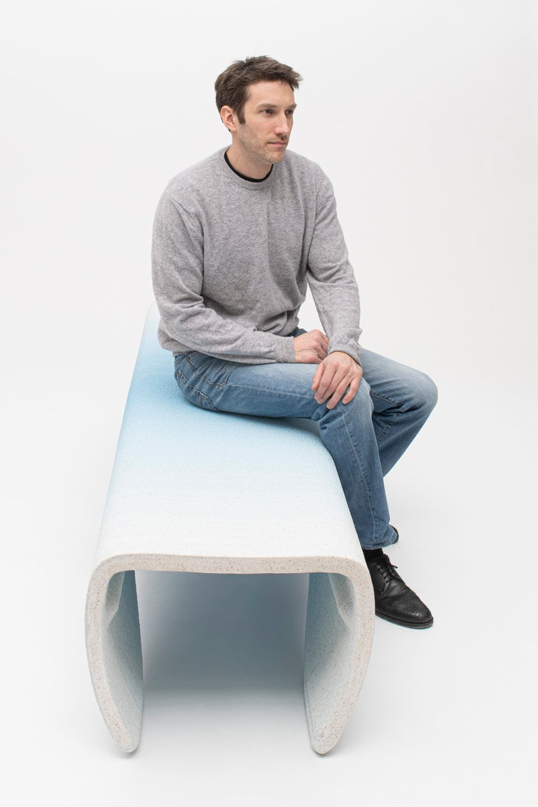 Large Gradient Bench by Philipp Aduatz In New Condition For Sale In Geneve, CH