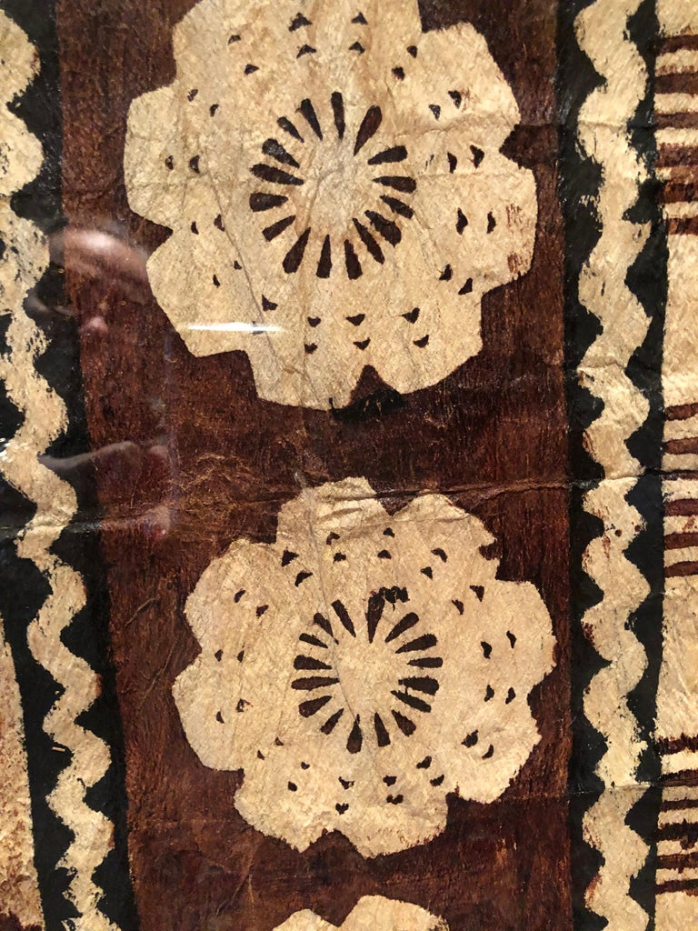 Incredible painting on tree bark by the Mbuti people of Central Africa. Bark cloth is historically beaten from fibrous vines and then painted. The various designs painted by the Mbuti reference the natural environment that surrounds them. This piece