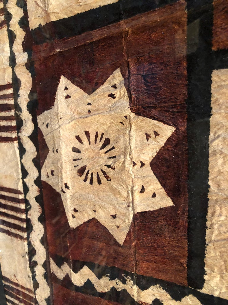 Large Graphic African Bark Cloth Painting For Sale 2