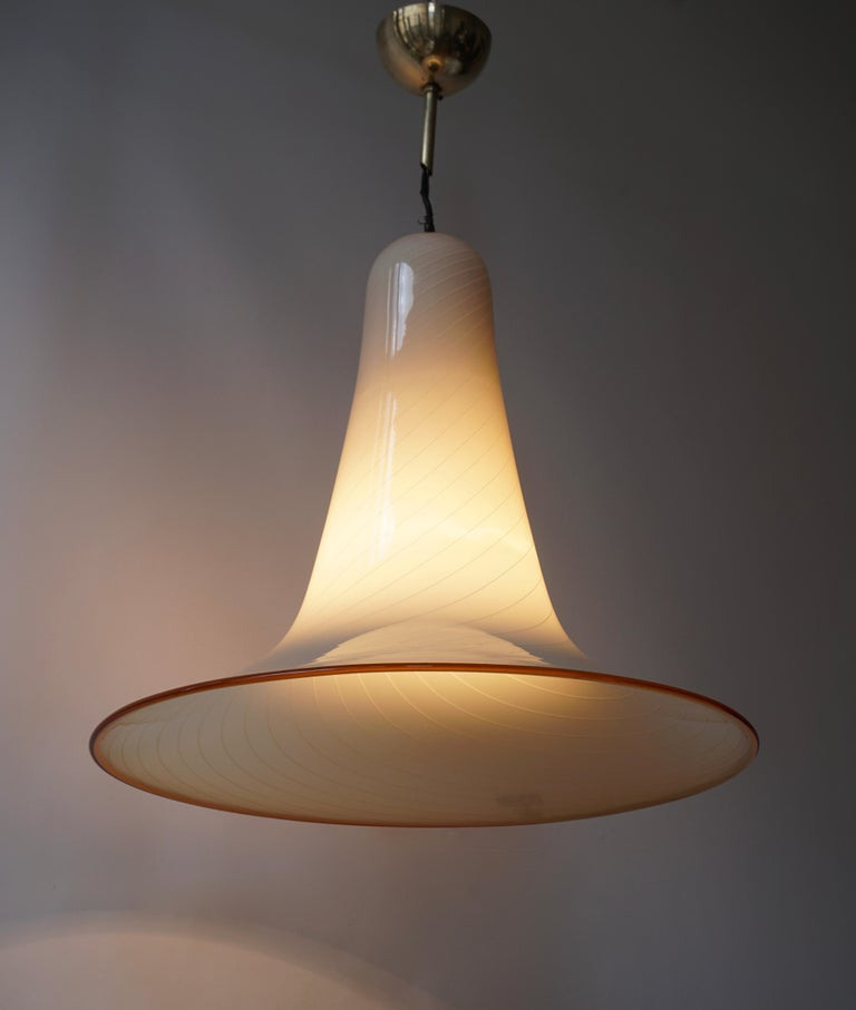 Effetre Murano Glass Trumpet Pendant Lamp Attributed to Lino Tagliapietra In Good Condition For Sale In Antwerp, BE