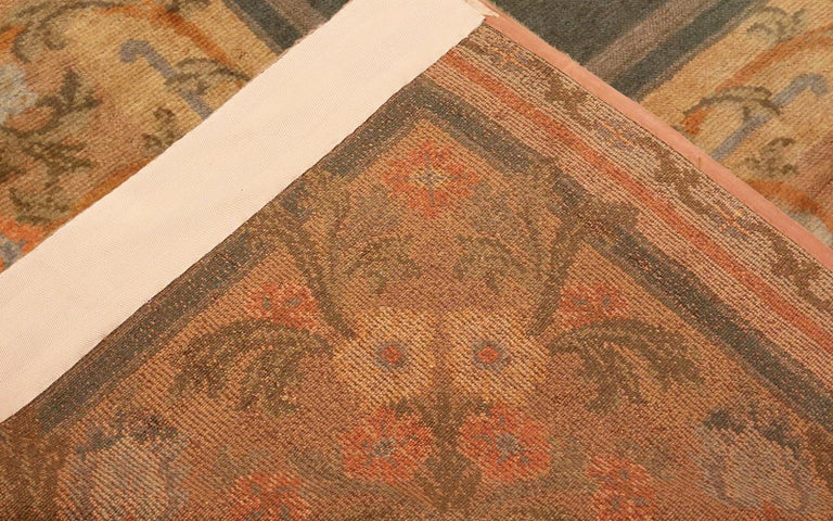 20th Century Large Green Antique Spanish Savonnerie Carpet. Size: 15 ft 6 in x 19 ft For Sale