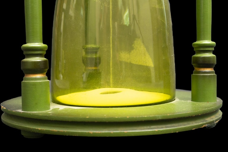 Large Green Hourglass In Good Condition For Sale In New York, NY