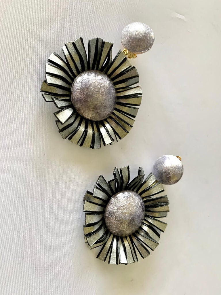 Large Grey Flower Statement Earrings  In New Condition For Sale In Palm Springs, CA