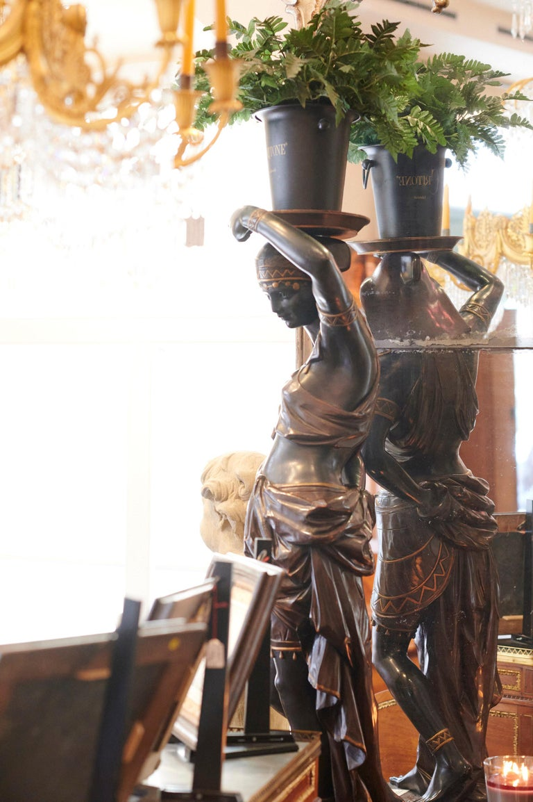19th Century Large Guéridon Sculpture of an Egyptian Woman, Venice C. 1865, Italy For Sale