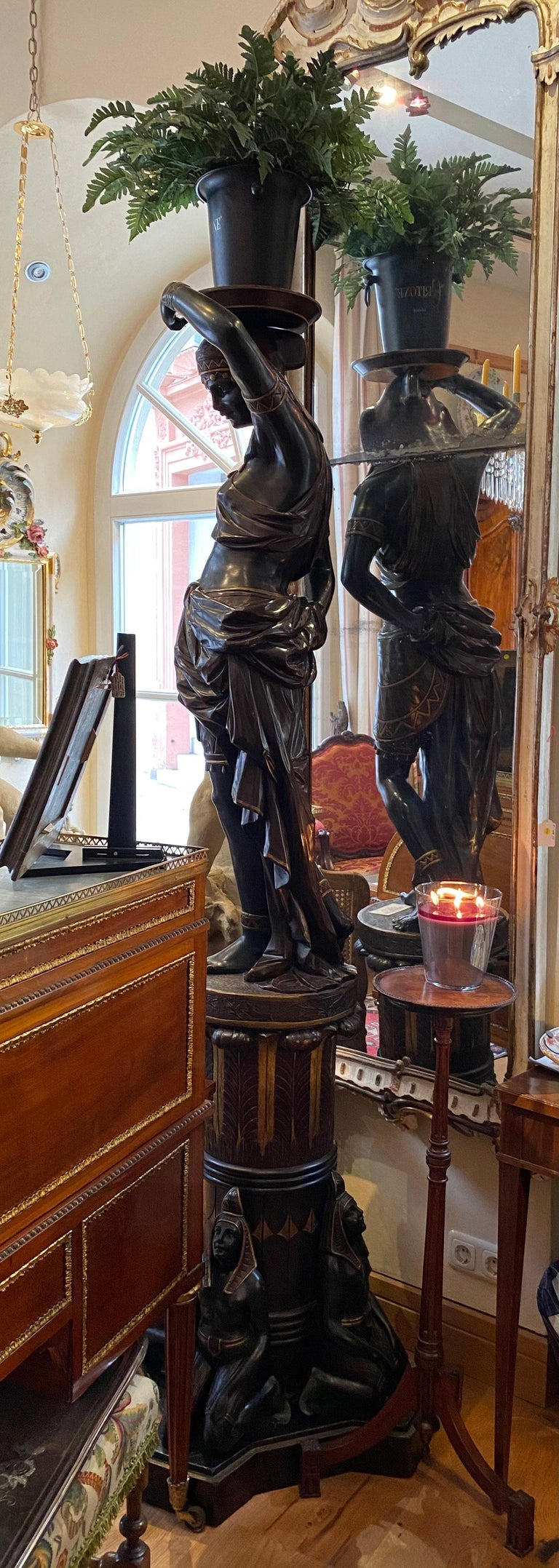 Large Guéridon Sculpture of an Egyptian Woman, Venice C. 1865, Italy For Sale 2