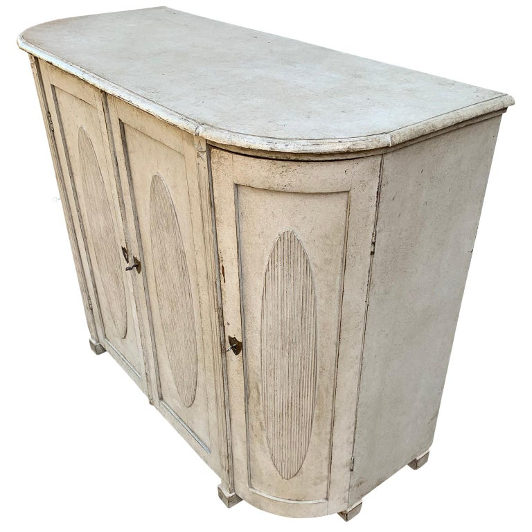 Large Gustavian Carved And Gray Painted Wood Sideboard Buffet For Sale 1