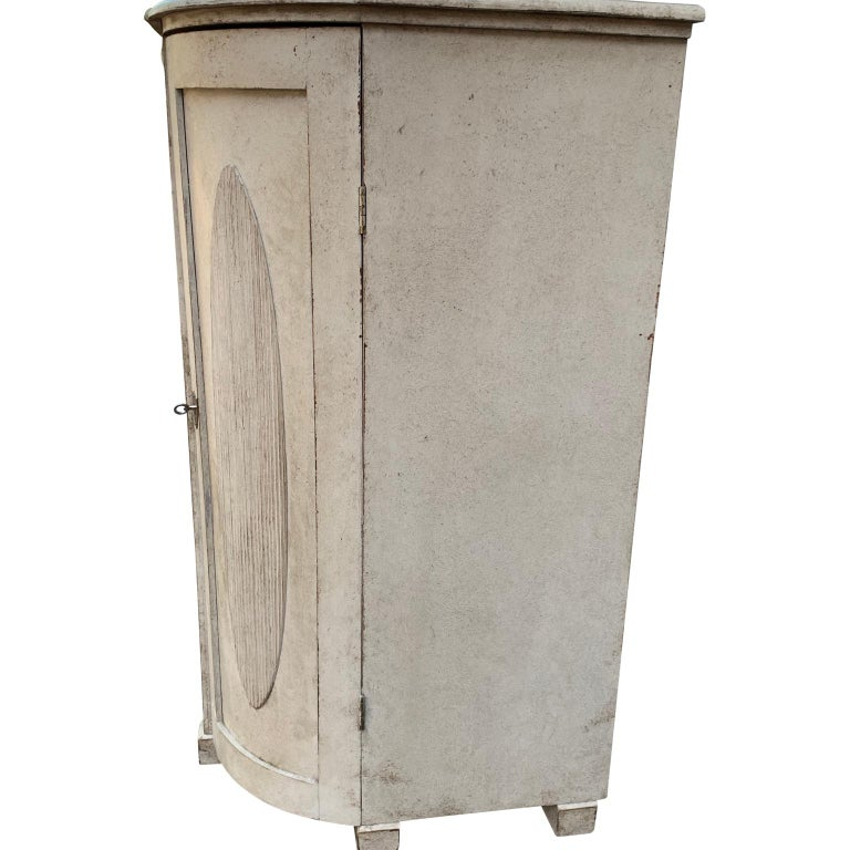 Large Gustavian Carved And Gray Painted Wood Sideboard Buffet For Sale 2