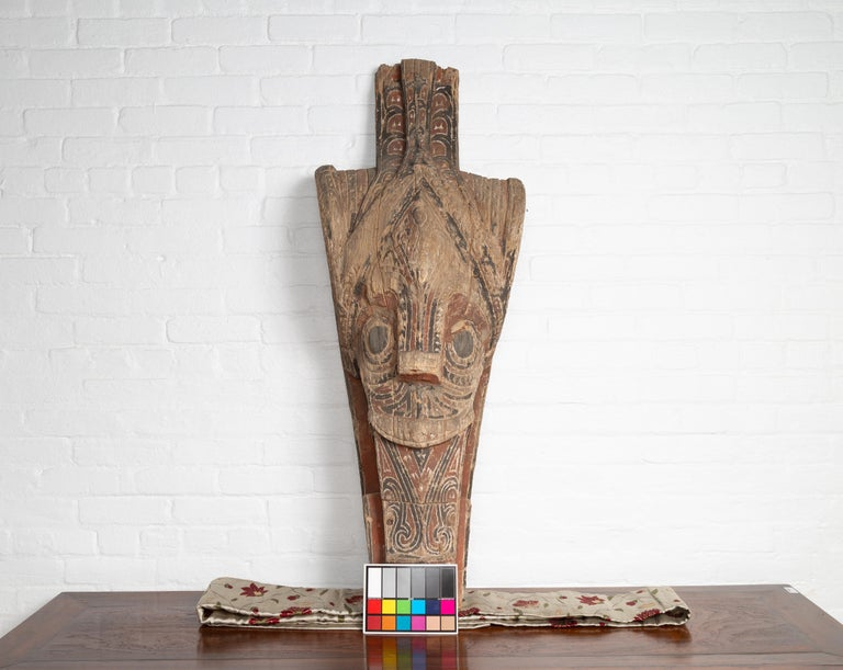 Large Hand Carved Singa Singa Tribal Carving from the Batak People, Sumatra For Sale 6
