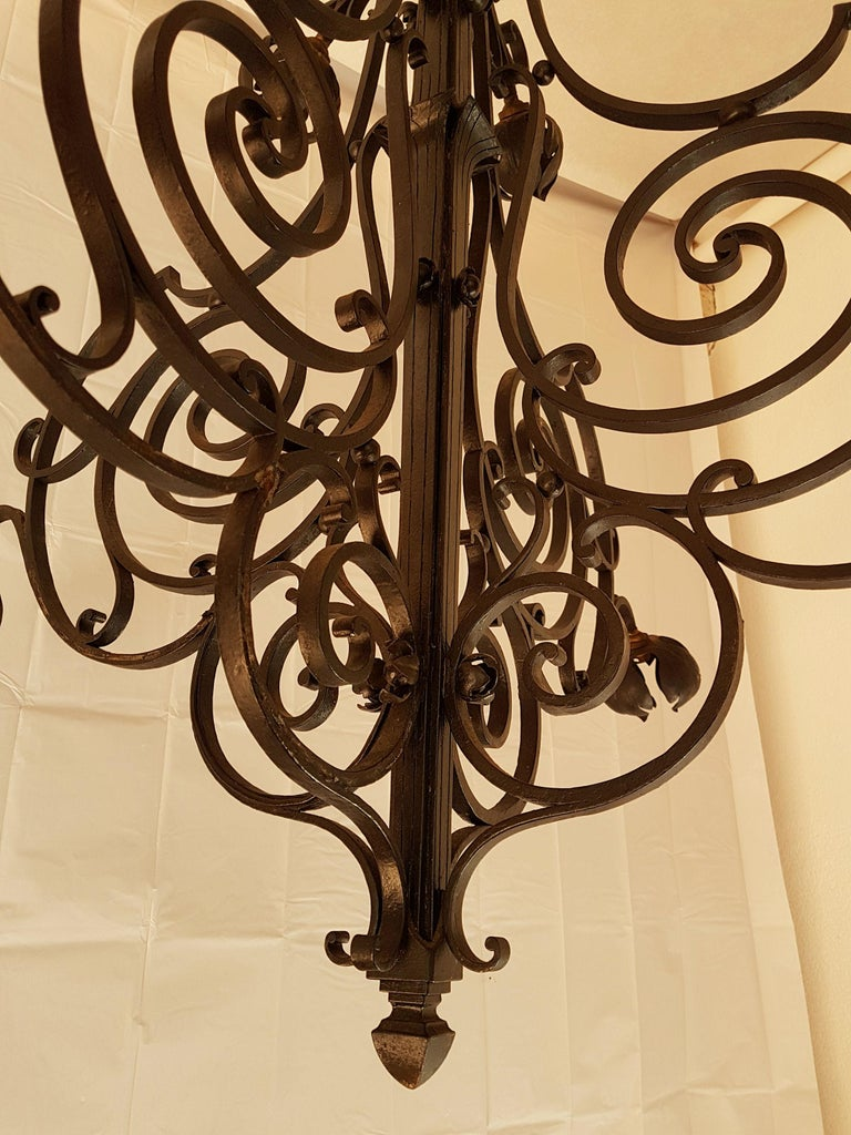 Large Hand Crafted Wrought Iron Signed Chandelier, France 1920s In Excellent Condition For Sale In Dallas, TX