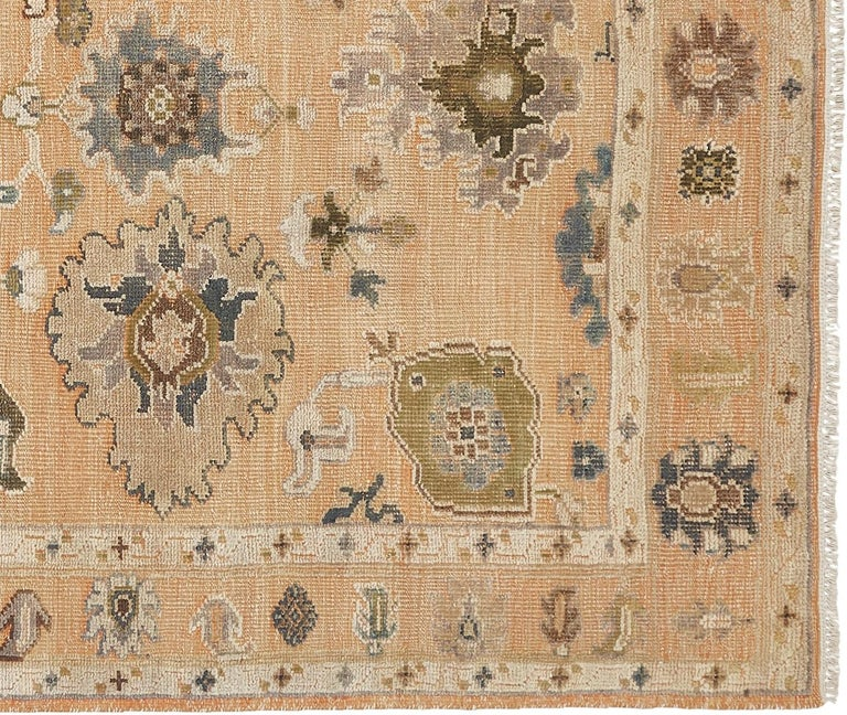 Large Hand Knotted Rug Contemporary in Style of Oushak Light Salmon In New Condition For Sale In Lohr, Bavaria, DE