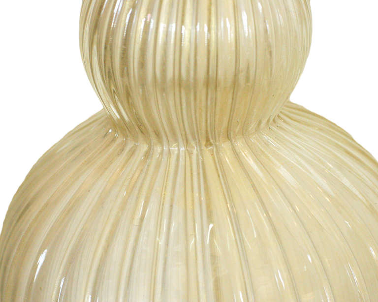 Mid-20th Century Large Hand Blown Murano Glass Table Lamp in Barovier Style For Sale