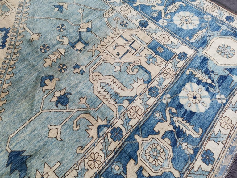 Large Heriz Style Rug Oversized Hand Knotted Blue Beige In Excellent Condition For Sale In Lohr, Bavaria, DE