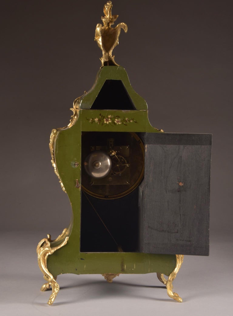 Large High Quality French Gilt Bronze Empire Pendulum with Apollo, circa 1830 For Sale 11