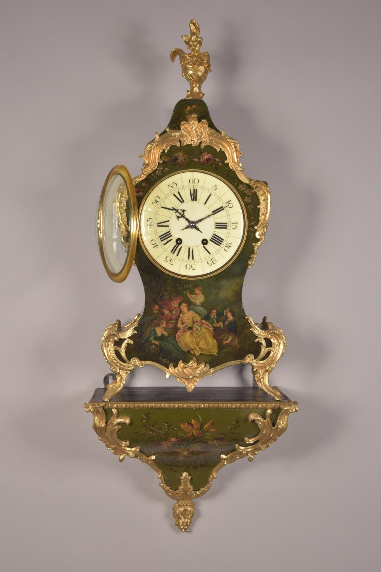 Large High Quality French Gilt Bronze Empire Pendulum with Apollo, circa 1830 For Sale 2