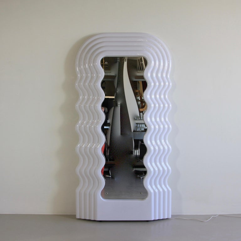 Large Illuminated Floor Mirror by Ettore Sottsass For Sale 2
