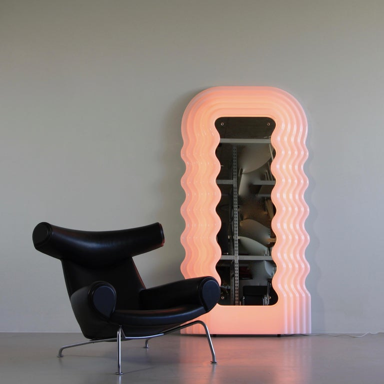 Large Illuminated Floor Mirror by Ettore Sottsass For Sale 3