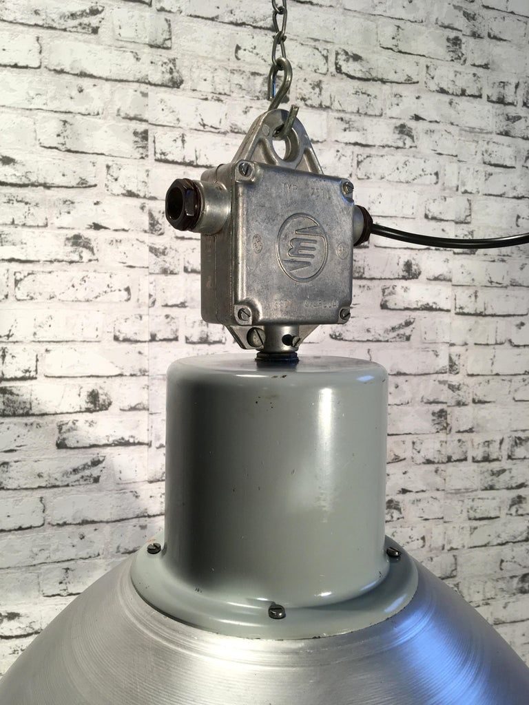 Aluminum Large Industrial Aluminium Pendant Light, 1960s For Sale