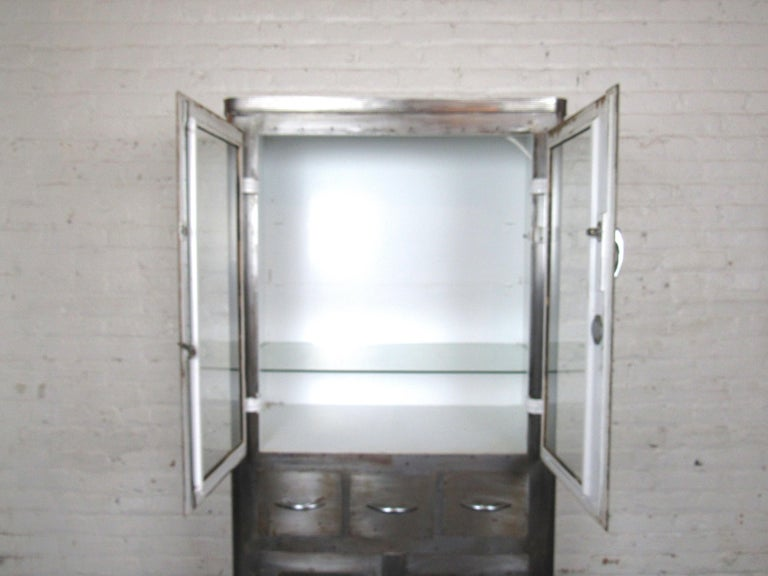 Metal Large Industrial Doctors Cabinet For Sale