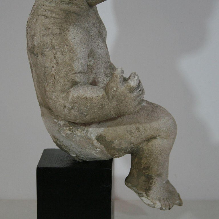 Large Italian 18th Century Carved Stone Angel Cherub For Sale 6