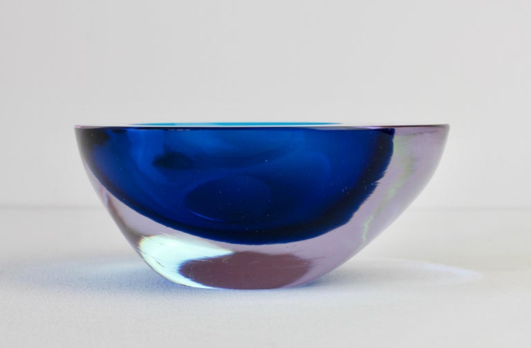 Large Italian Alexandrite and Blue Sommerso Murano Glass Bowl, Dish or Ashtray For Sale 3