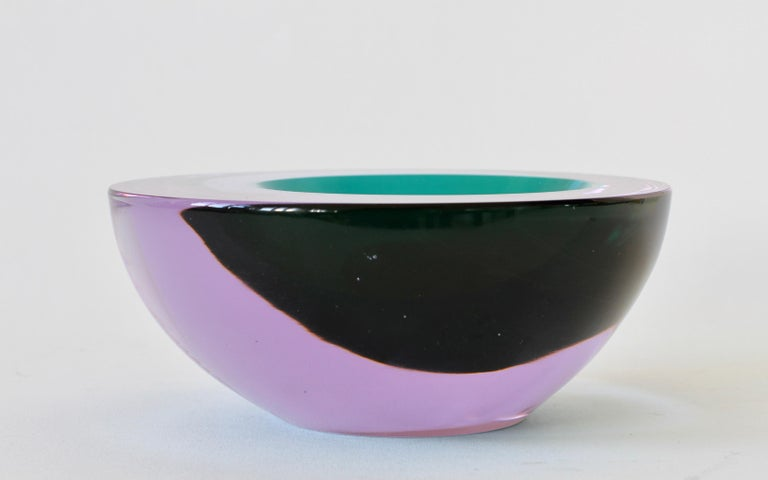 Large Italian Alexandrite and Green Sommerso Murano Glass Bowl, Dish or Ashtray For Sale 6