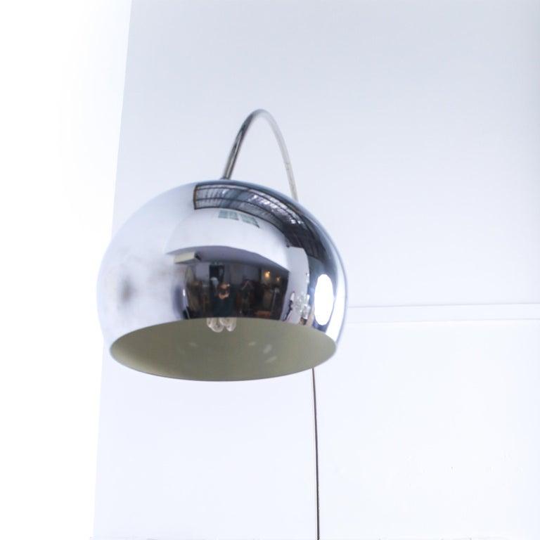 Mid-Century Modern Mid Century Modern Italian Chrome Arc Lamp with Black Base, 1970 For Sale