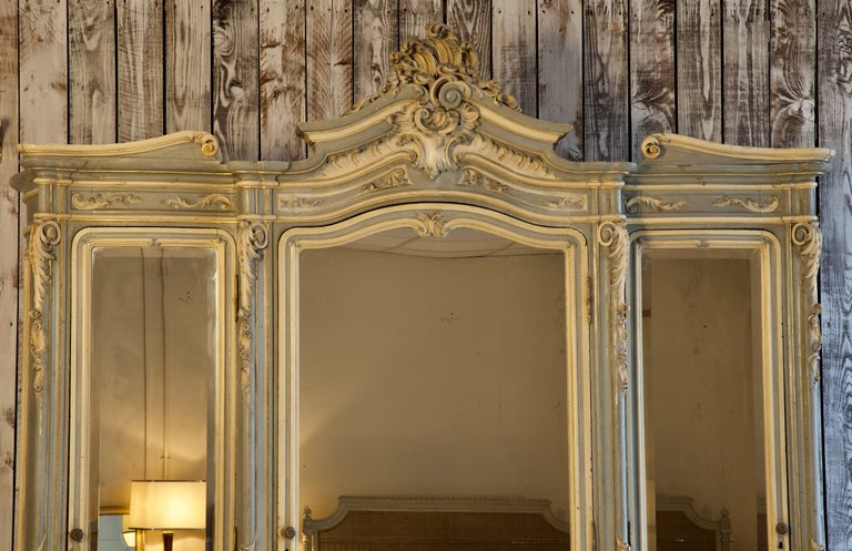 19th Century Italian Baroque Armoire For Sale 1