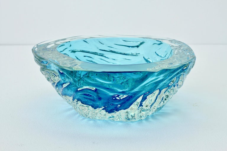 Large Italian Blue 'Sommerso' Murano Glass Bowl Maurizio Albarelli Attributed For Sale 7