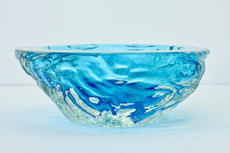 Large Italian Blue 'Sommerso' Murano Glass Bowl Maurizio Albarelli Attributed For Sale 4