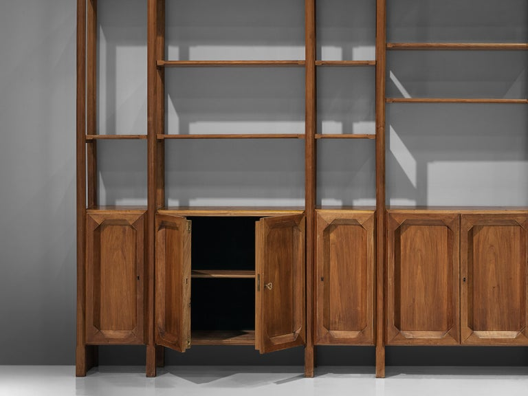 Large Italian Bookcase with Cabinets and Carved Details in Walnut For Sale 5
