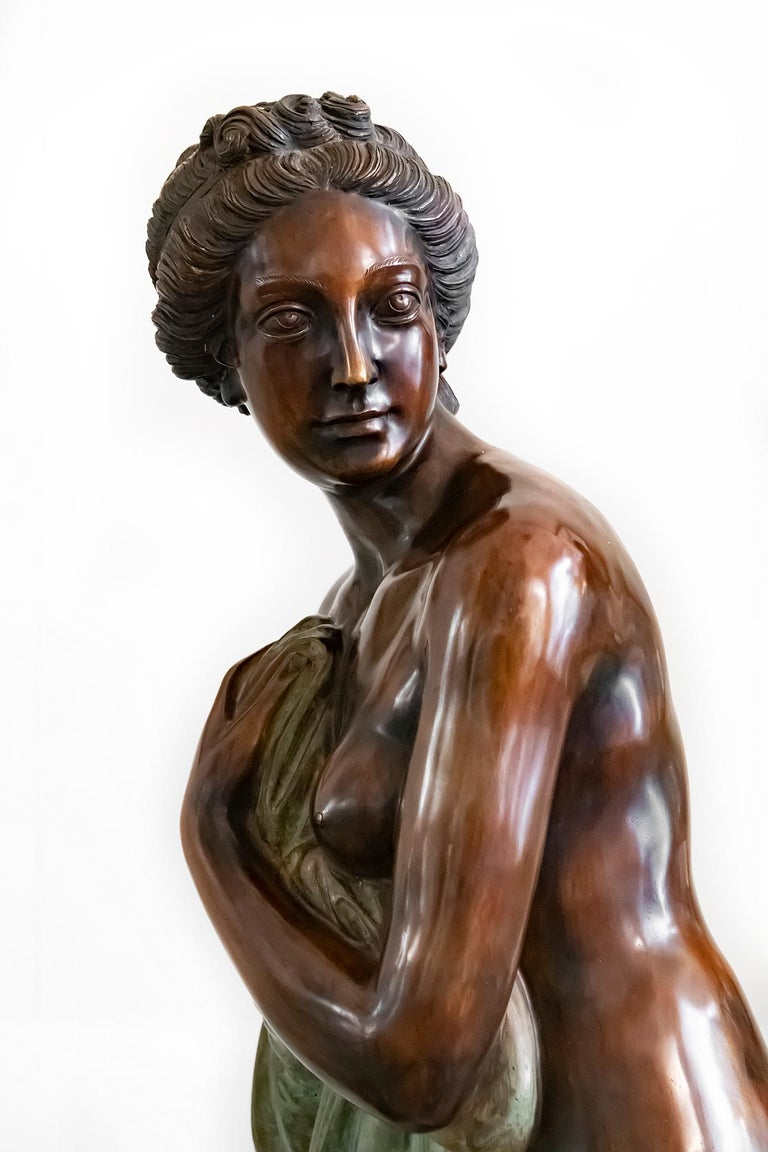 20th Century Large Italian Bronze Female Sculpture on Green Marble Base, circa 1950 For Sale