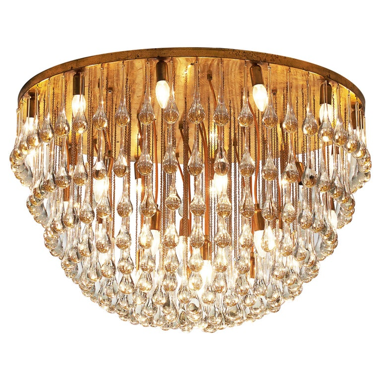 Large Italian Chandelier in Brass with Glass Drops For Sale