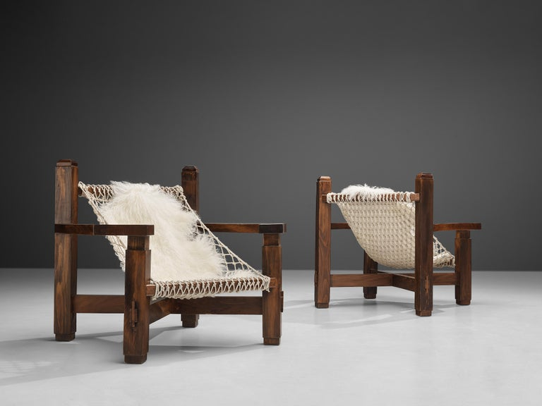 Late 20th Century Large Italian Lounge Chair in Stained Pine and Rope Seating For Sale