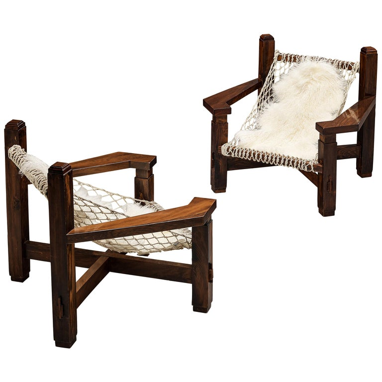Large Italian Lounge Chair in Stained Pine and Rope Seating For Sale