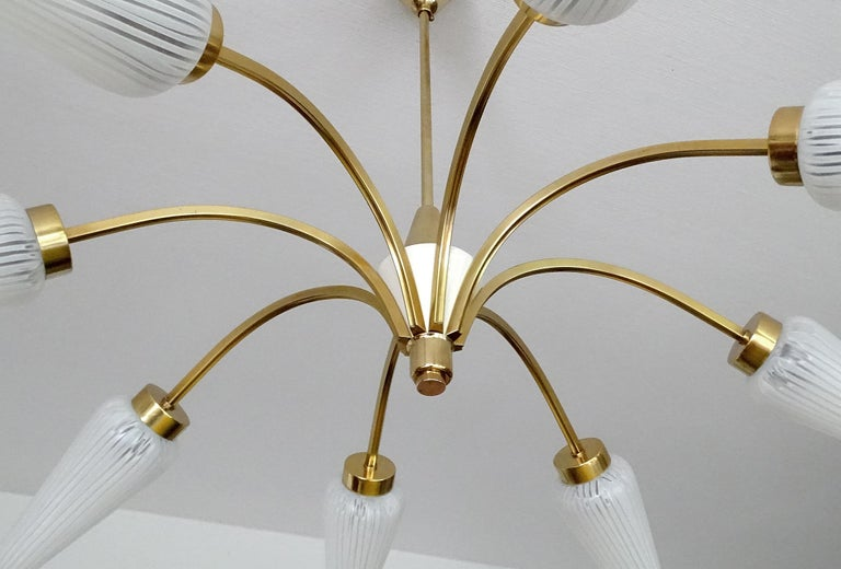 Large Italian  MidCentury Brass Glass Sputnik Chandelier, Stilnovo Gio Ponti Era For Sale 7