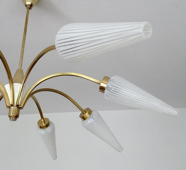 Large Italian  MidCentury Brass Glass Sputnik Chandelier, Stilnovo Gio Ponti Era For Sale 12