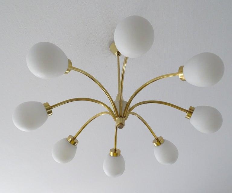 Mid-Century Modern Large Italian Midcentury Brass Glass Sputnik Chandelier, Stilnovo Gio Ponti Era For Sale